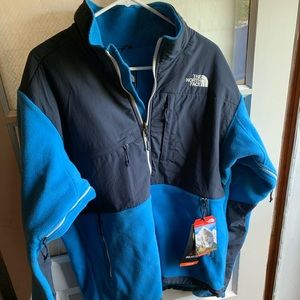 Men's large north face jacket. New